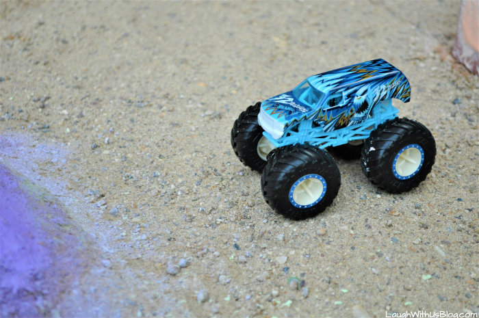 Hot Wheels Monster Trucks 32 Degrees