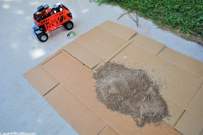 Hot Wheels Monster Trucks Course How to make a backyard course