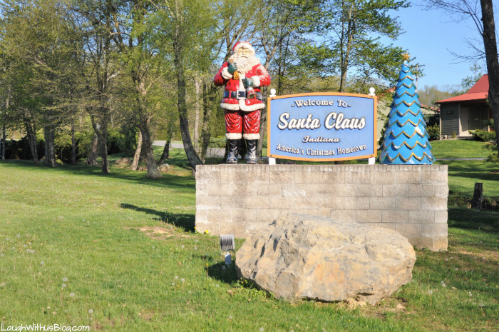 I Had To Visit Santa Claus Indiana I Mean How Fun Is That We Found Santa Claus To Be A Quaint Little Town The Population Is Less Than