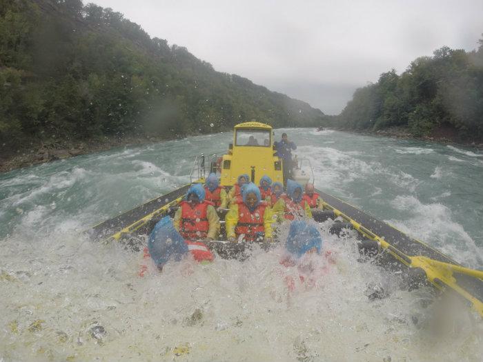 Niagara Falls USA Jet Boat Tours Wave