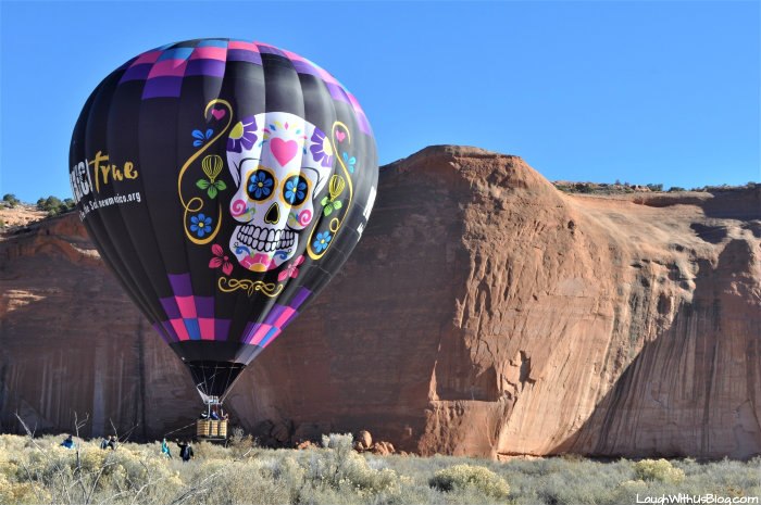 Gallup New Mexcio True Balloon landing