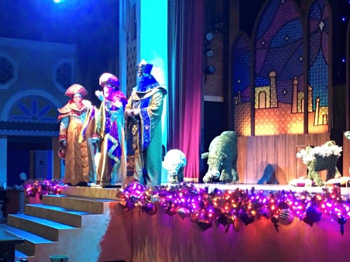 Busch Gardens Christmas Town Shows